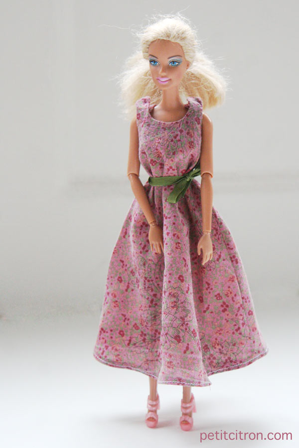 Patron robe barbie facile